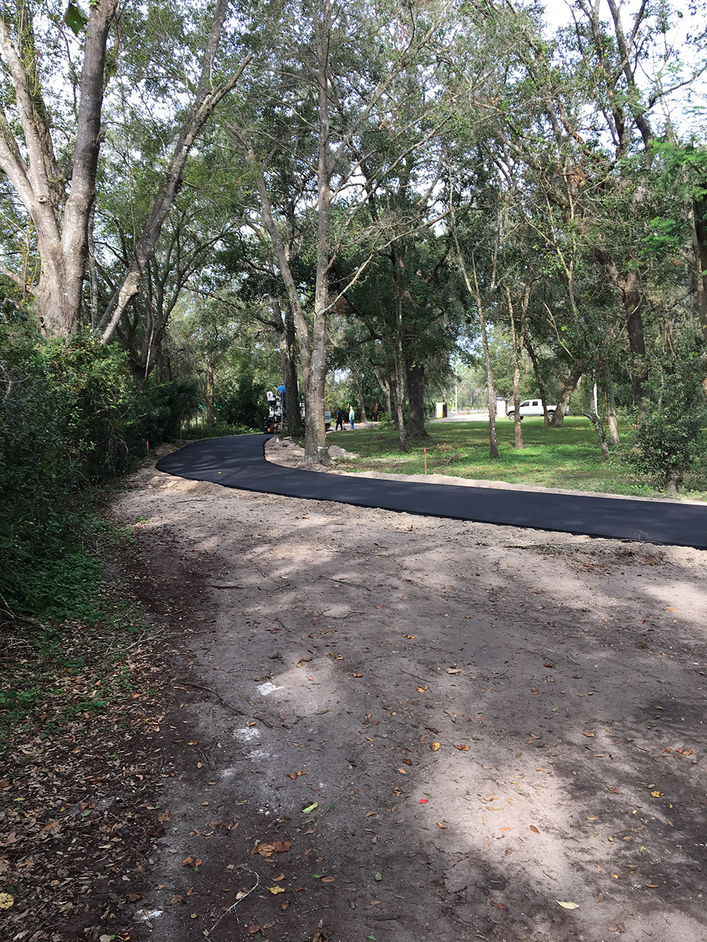 DeleonSprings Driveway2