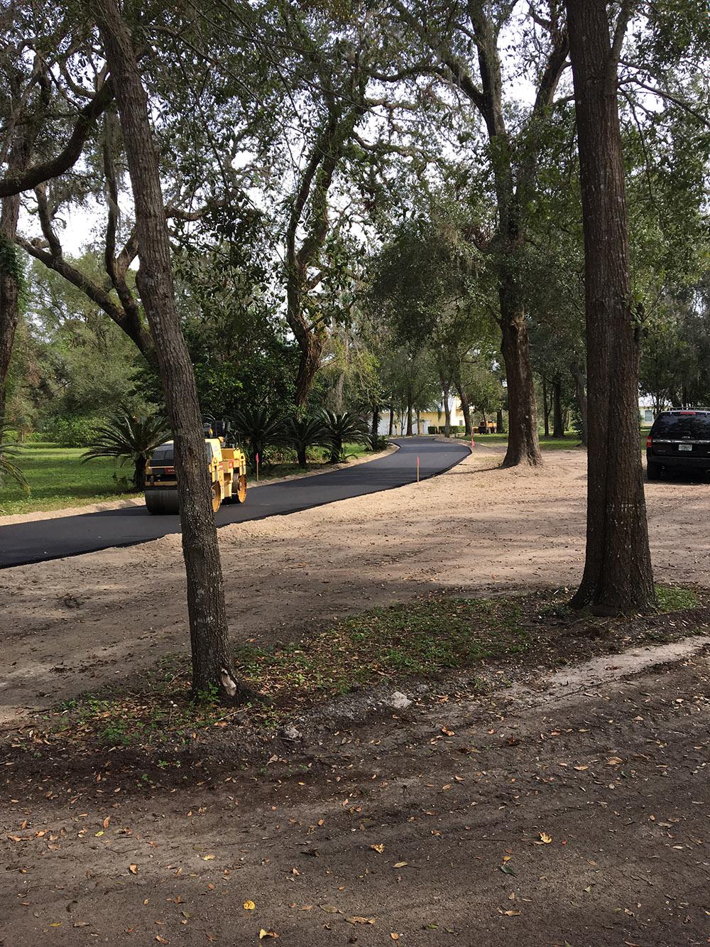 DeleonSprings Driveway3